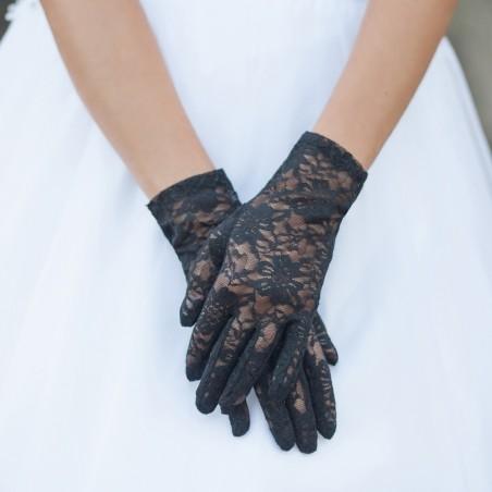 Tea Service Lace Gloves in Black